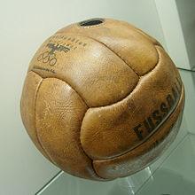 220px-Fussball_1936